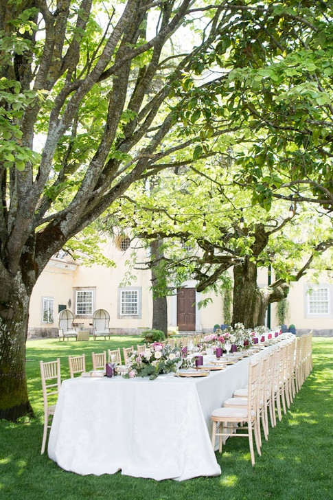 Outdoor Wedding table at Quinta do Torneiro in Lisbon, Portugal