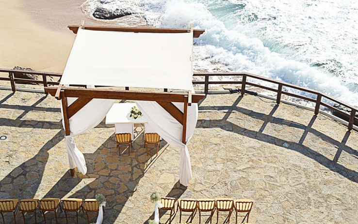 Top view of the ceremony in the beach