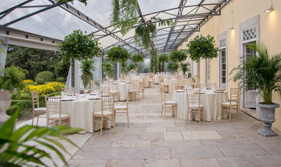 Greenhouse for events at Quinta do Torneiro in Portugal