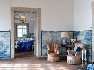 Caravel Room with amazing Potuguese tiles at Quinta do Torneiro in Lisbon. Yuour destination wedding will become a fairytale.