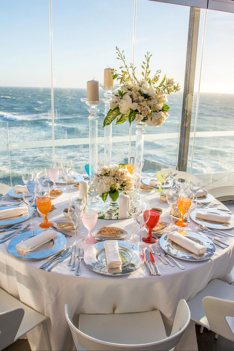 Beach wedding saloon in Portugal