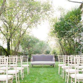 Outdoor Wedding at Entrance Garden of Quinta do Torneiro in Lisbon, Portugal