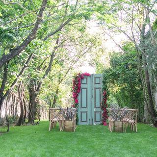 Outdoor wedding ceremony in the Entrance Garden at Quinta do Torneiro