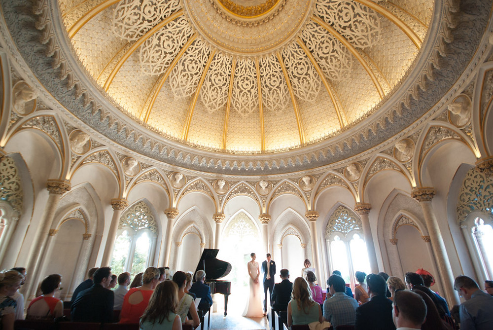 With the symbolic wedding ceremonies in the Monserrate Palace in Portugal you can have anyone that you choose (or even several people) to speak and celebrate your wedding