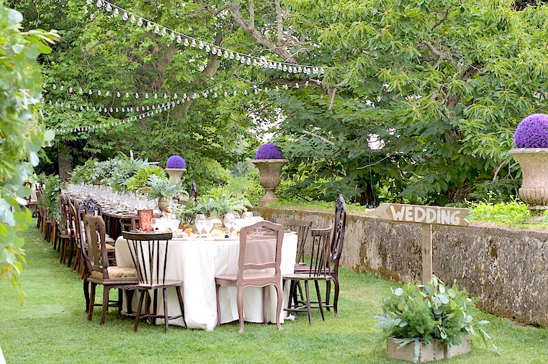 The Quinta My Vintage Wedding in Portugal Outdoor Wedding Decoration with long and round tables