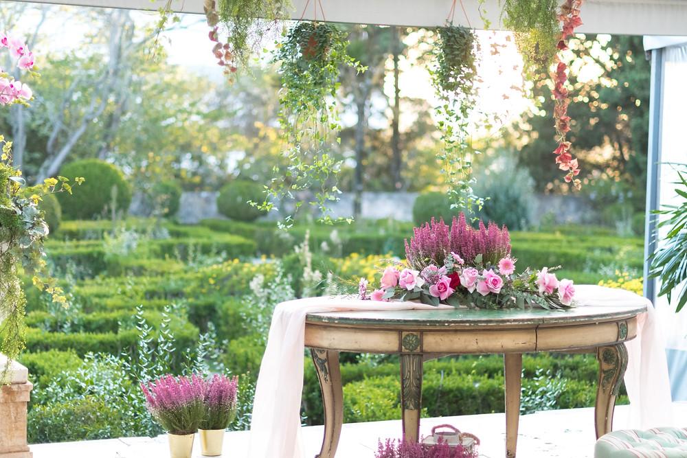 Vista do terraço coberto para o jardim francês.jpg