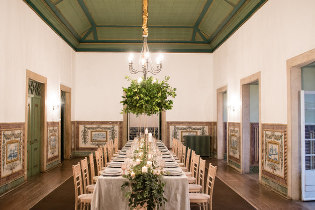 Wedding table at Quinta do Torneiro in Lisbon, Portugal