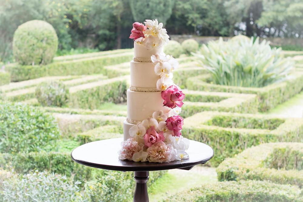 Bolo de casamento e jardim frances da Quinta do Torneiro