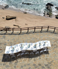 Outside table with sea view