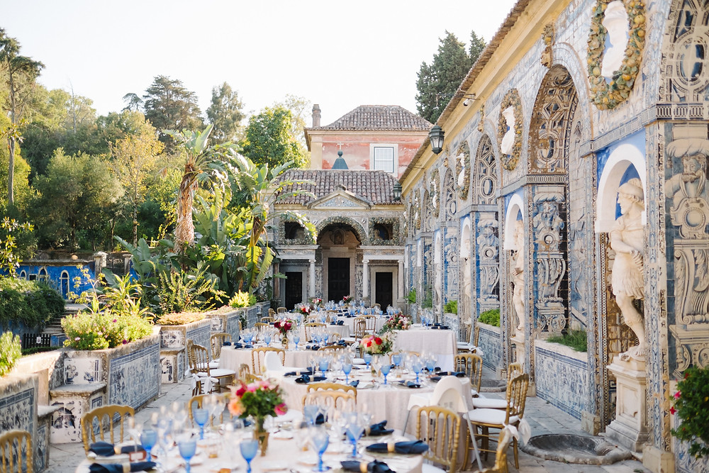 Marques Fronteira Palace consists of a manor house and can host your classic themed wedding in Portugal.
