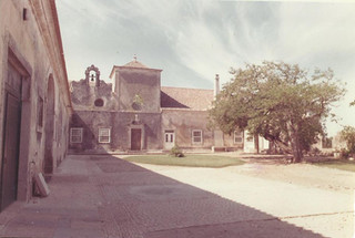 Quinta do Torneiro, how it used to be. Nowadays available for your destination wedding in Portuga
