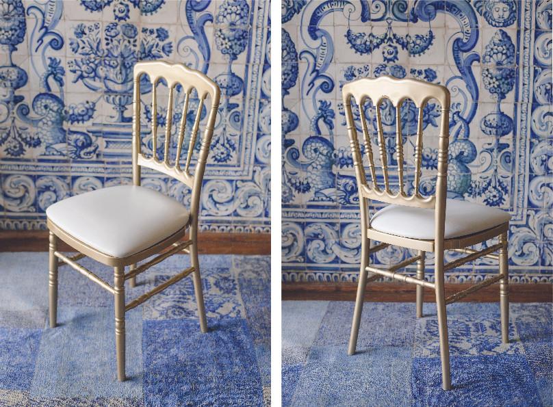 Cadeira Dourada
