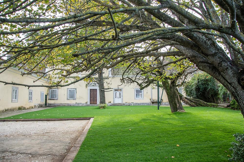 Jardim do Patio da Quinta do Torneiro em Lisboa, Portugal