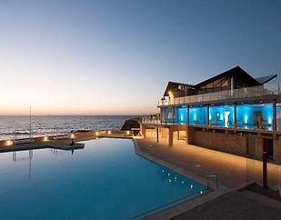 Arriba-by-the-sea-beach-wedding-venue-po