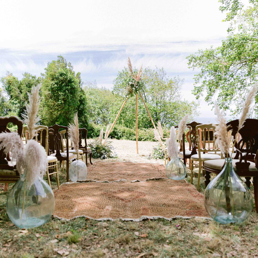 Pampas Grass Carpets and Rugs in this Woodland Rustic Boho Outdoor Wedding in Portugal at The Quinta My Vintage Wedding Portugal, located in Sintra