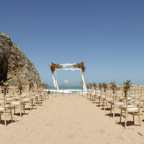 Casamento na Praia em Portugal by Lisbon