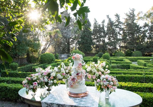 Bolo de Casamento no Jardim Francês da Quinta do Torneiro