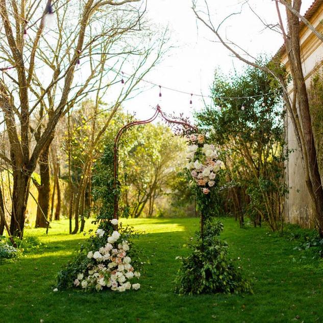 Het altaar voor een bruiloft bij Quinta do Torneiro