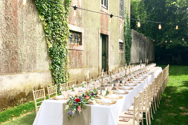 Long table at The Quinta - Portugal