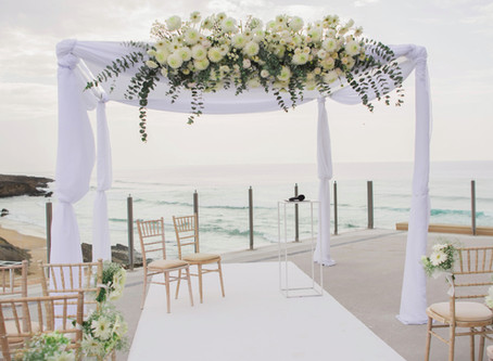 Real Wedding by the sea in Lisbon coast in Arriba by the Sea Wedding Venue Cascais Portugal