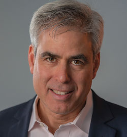 haidt 2018a.formal.by jayne riew.jpg