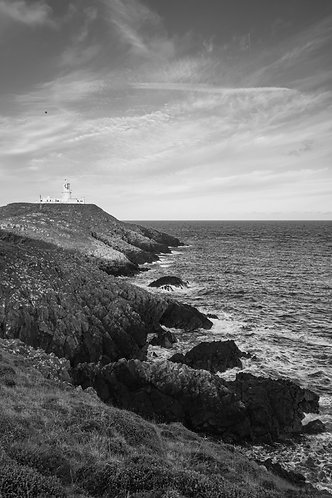 STRUMBLE HEAD LIGHTHOUSE i MONO