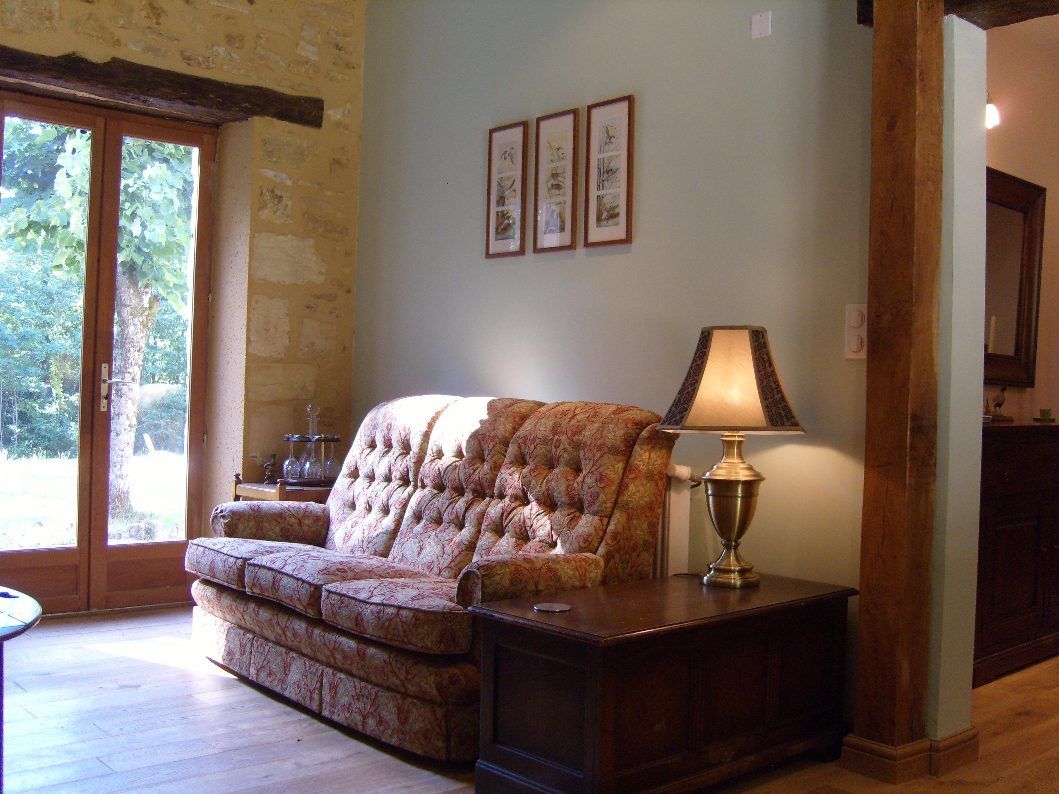 les bressettes living room