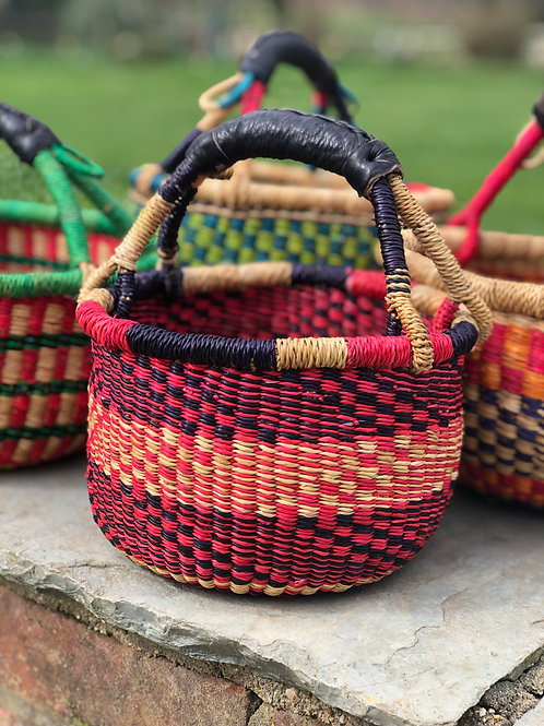 Small round woven basket- red