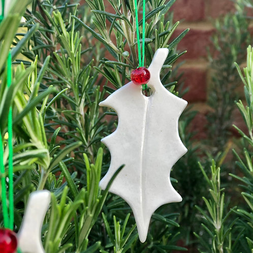 Porcelain holly decorations