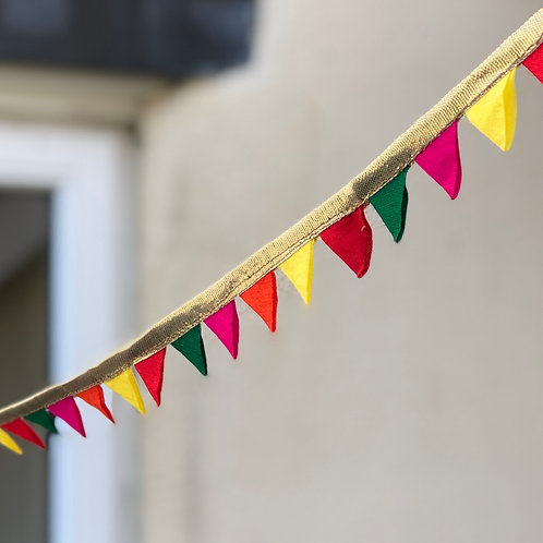 Multi coloured (pink) mini bunting