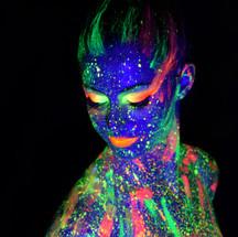 Body painting fluo.jpg
