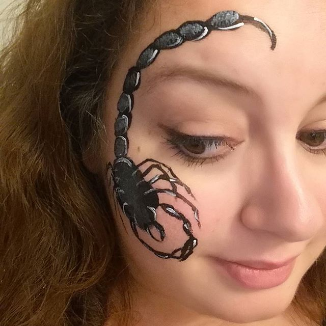 face painting scorpion garçon
