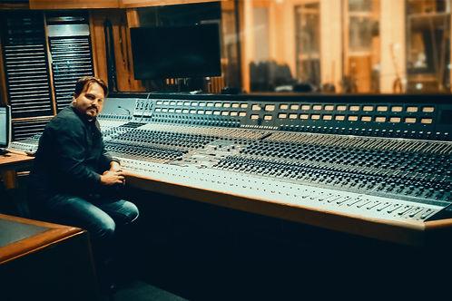 Steff in Studio.jpg