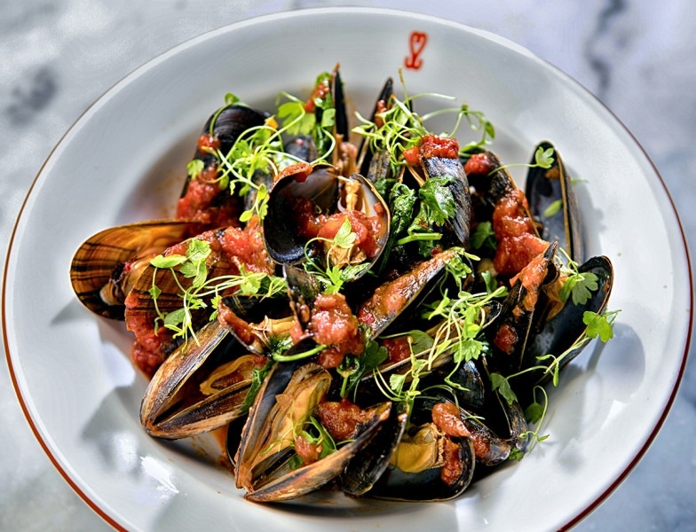 Food photography of Irish Mussels / Moules