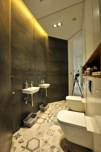 Interior-T toaleta