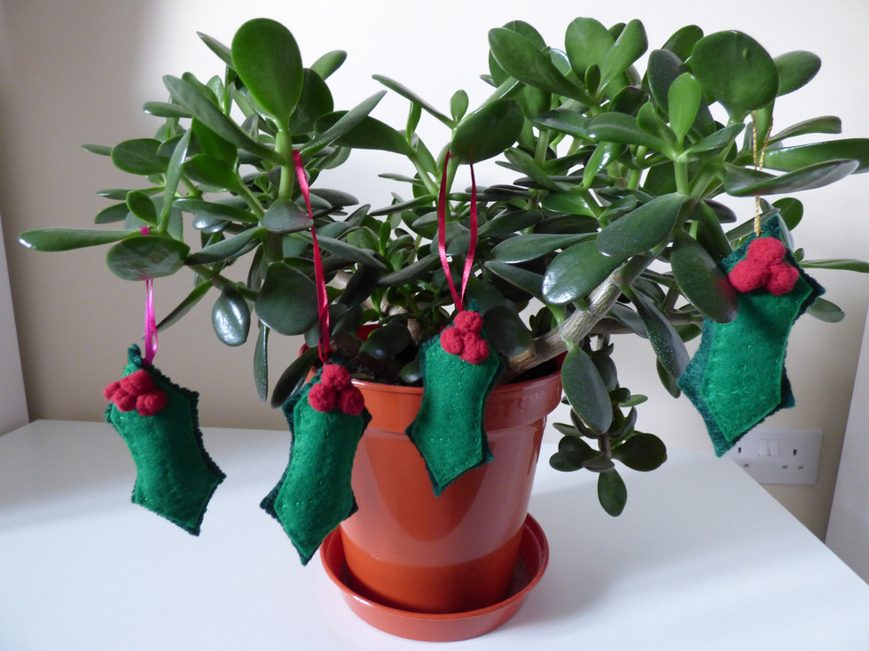 Holly Leaf Baubles
