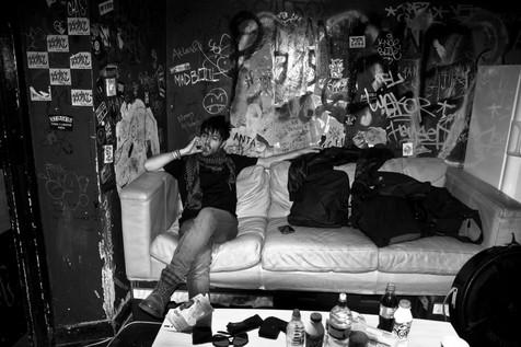James Kennedy, Singer, Songwriter, Producer, Kyshera, Konic Records,  UK, Wales, music, rock, band, alternative, backstage, london