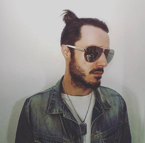 James Kennedy, Singer, Songwriter, Producer, Kyshera, Konic Records,  UK, Wales, music, rock, band, alternative, manbun, hair, sunglasses