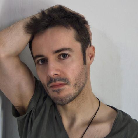 James Kennedy, Singer, Songwriter, Producer, Kyshera, Konic Records,  UK, Wales, music, rock, band, alternative, short hair, arm, pose