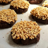 choc peanut cookies