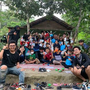 Komunitas Brothersip X Lampung Ikut Meriahkan Ultah ke-4 Sekolah Rakyat Busa Pustaka