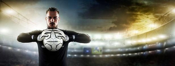 27_Goalkeeping_Model_220615_1.jpg