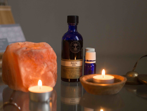 6 ways to use essential oils to enhance your day.
