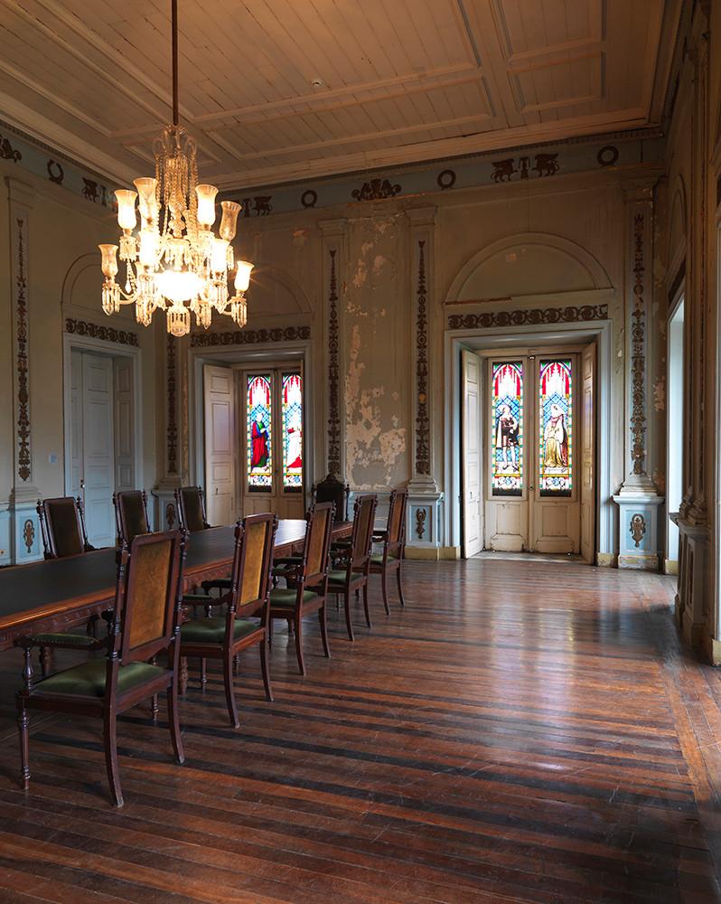Quarto de D. Pedro II transformado em Administração do Museu Nacional
