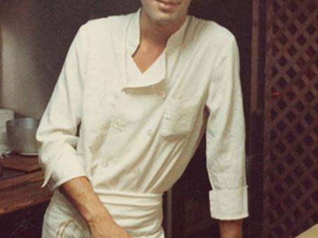 Os primeiros críticos, livros de cozinha e Anthony Bourdain