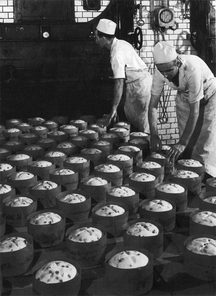 Produção de panetones Motta em 1950