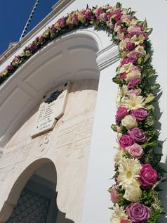 Γιρλάντα εισόδου στον Άγιο Νικόλαο Σπετσών