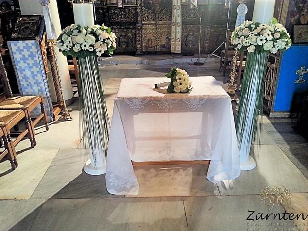 Λαμπάδες γάμου με τριαντάφυλλα και ζέρμπερες