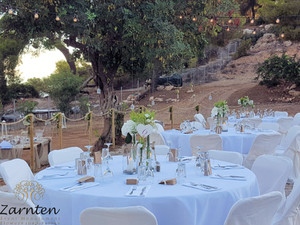Διακόσμηση γάμου στους Αγίους Αναργύρους