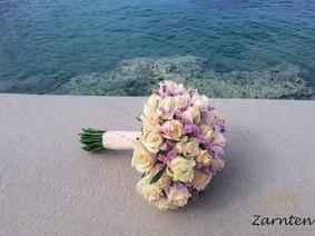 Νυφικό μπουκέτο με σομόν τριαντάφυλλα